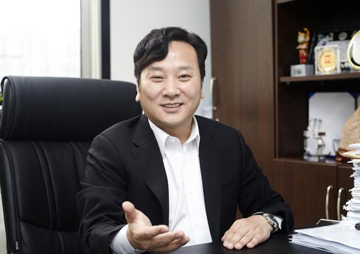 """박창범 회장 """"우슈 발전 위해 전력을 기울이겠다"""""""